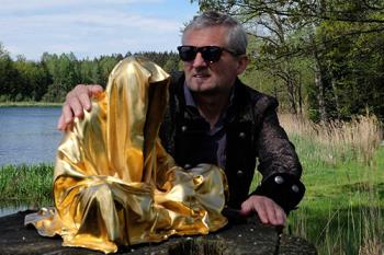 GUARDIANS OF TIME fine art sculpture artwork by Manfred Kielnhofer - art listed for sale on Artplode