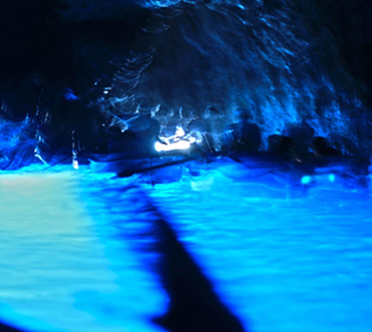 Vita Espirituale of Grotta Azzurra artwork by Felipe Moraes - art listed for sale on Artplode